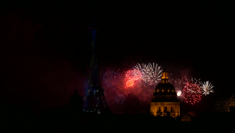 fireworks-in-paris