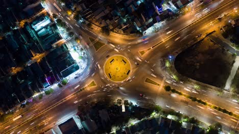 Roundabout-at-Night-Hyperlapse