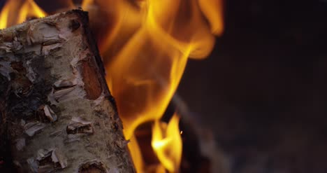 Burning-Logs-Slow-Motion-4K-05